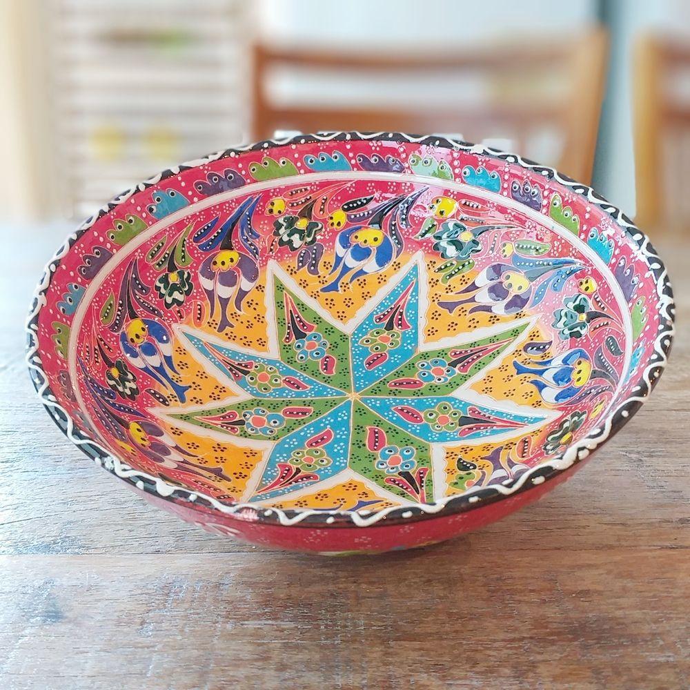 Tigela Turca Vermelha em Cerâmica Relevo Manisa 20,6cm