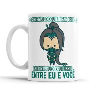 Caneca League of Legends Akali Cantadas Divertidas