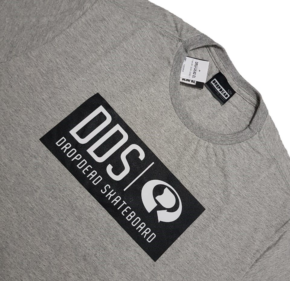 Camiseta Drop Dead DDS Logo One Grey