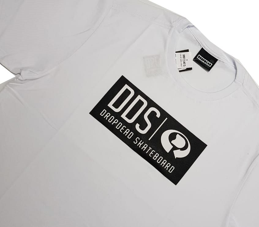 Camiseta Drop Dead DDS Logo One White
