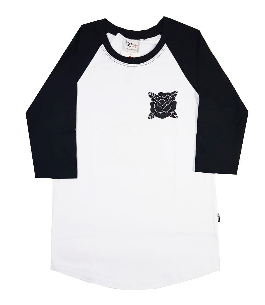Camiseta Riot Raglan 3/4 Believe Black/White