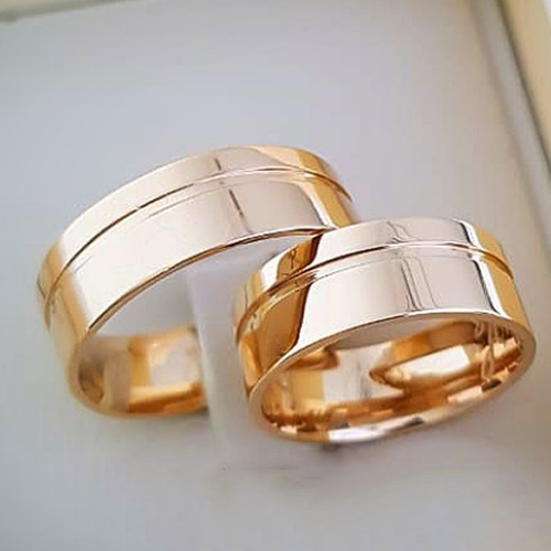 Aliança de Casamento Trabalhada em Ouro 10k 7mm - A117