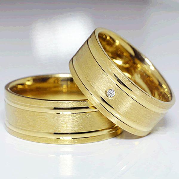 Alianças Casamento Ouro Acabamento Fosco e Friso Liso 8mm - A104