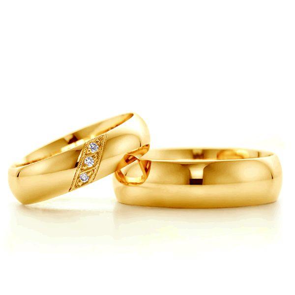 Alianças Casamento Ouro Acabamento Liso com Zircônias 5,5mm - A030