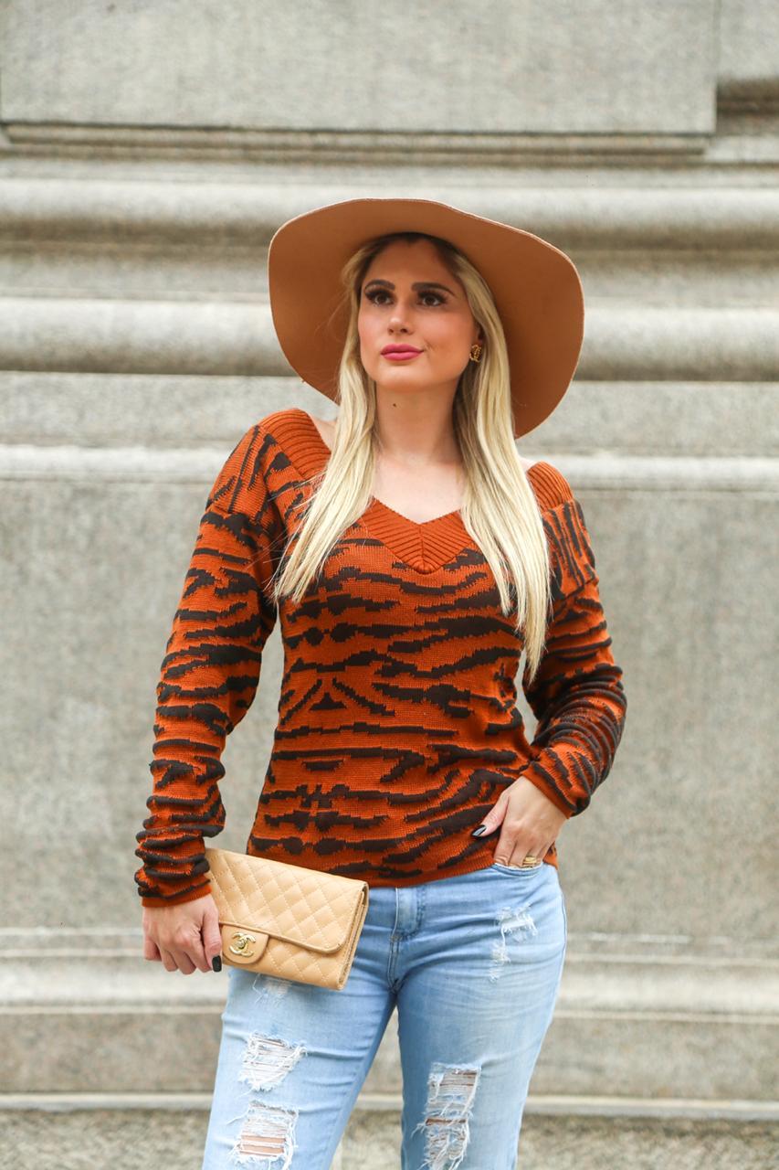blusa de tricot com detalhes em animal print loja do tricô