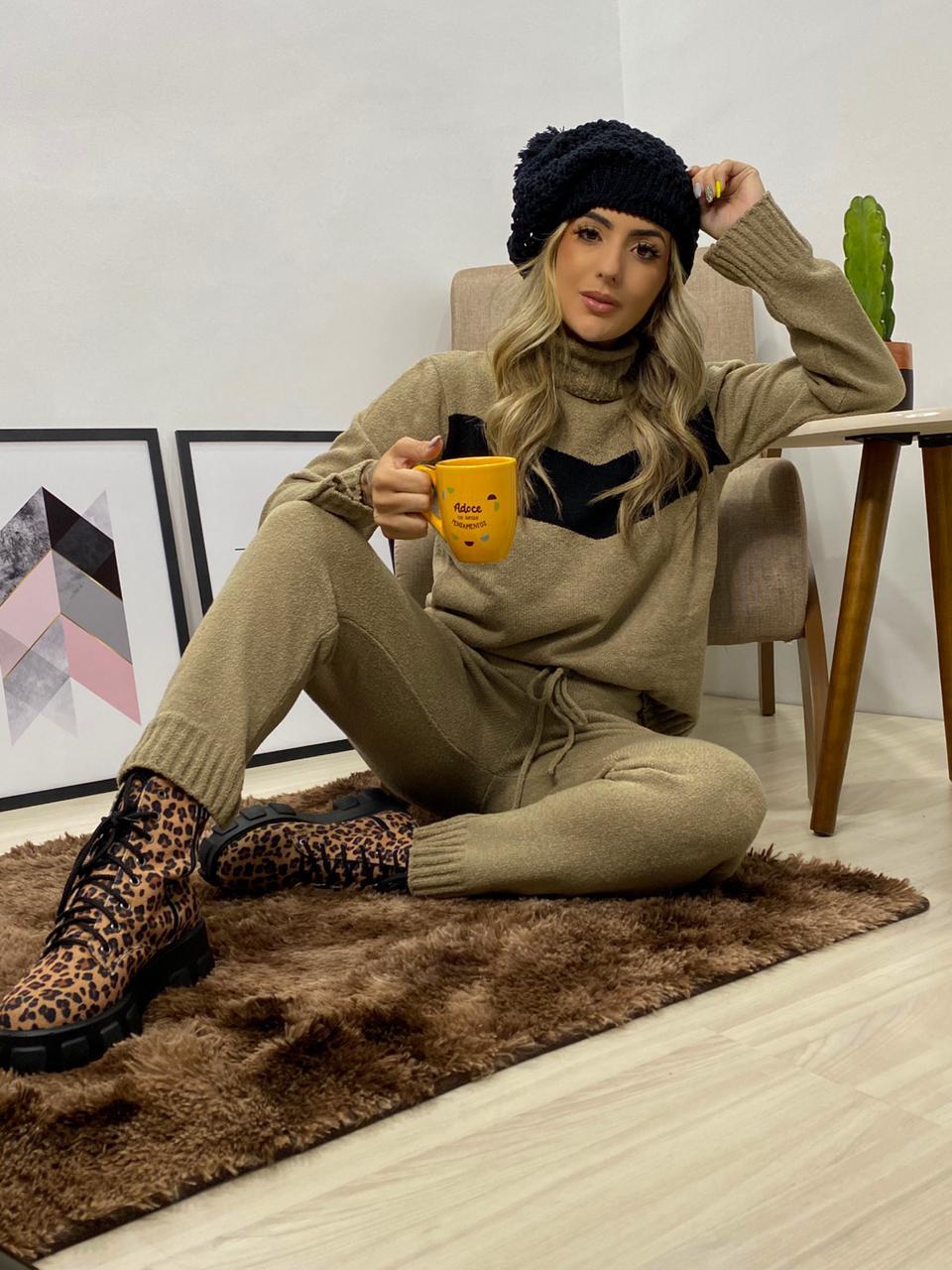 conjunto de tricot com calça  mousse jacutinga monte sião
