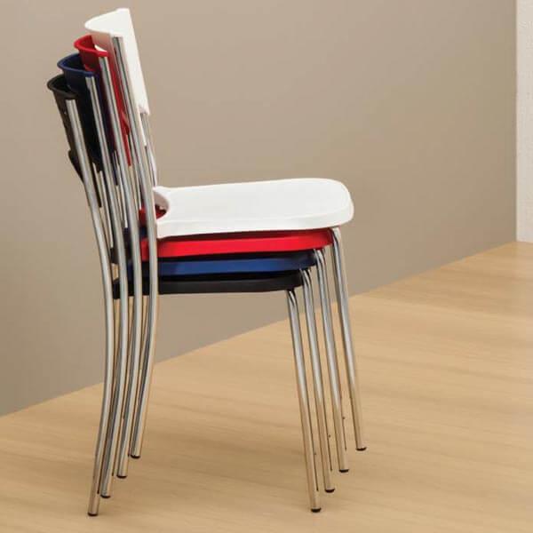 Cadeira Plástica Bliss Cromada