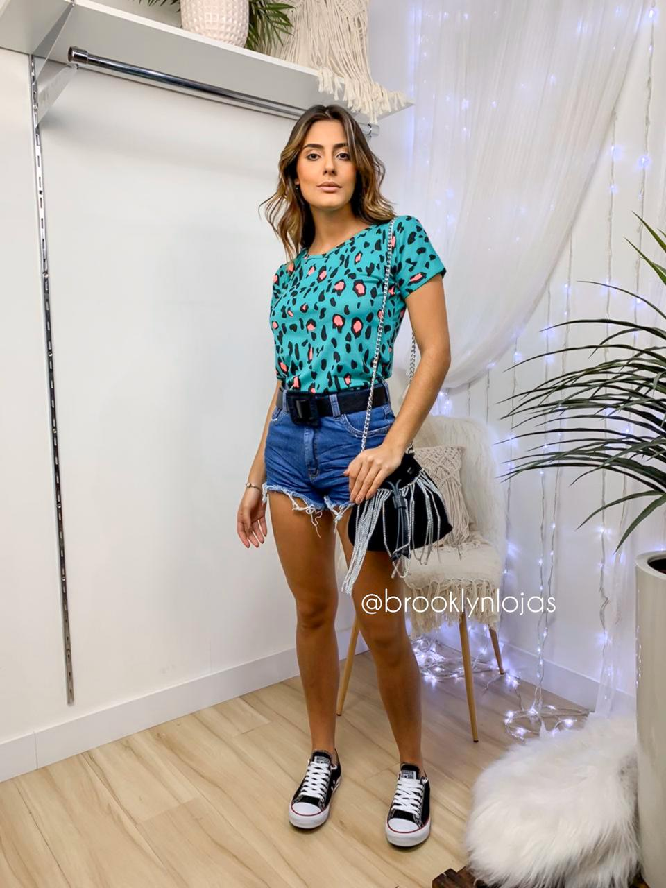 BLUSA DE MANGA ESTAMPA ANIMAL PRINT