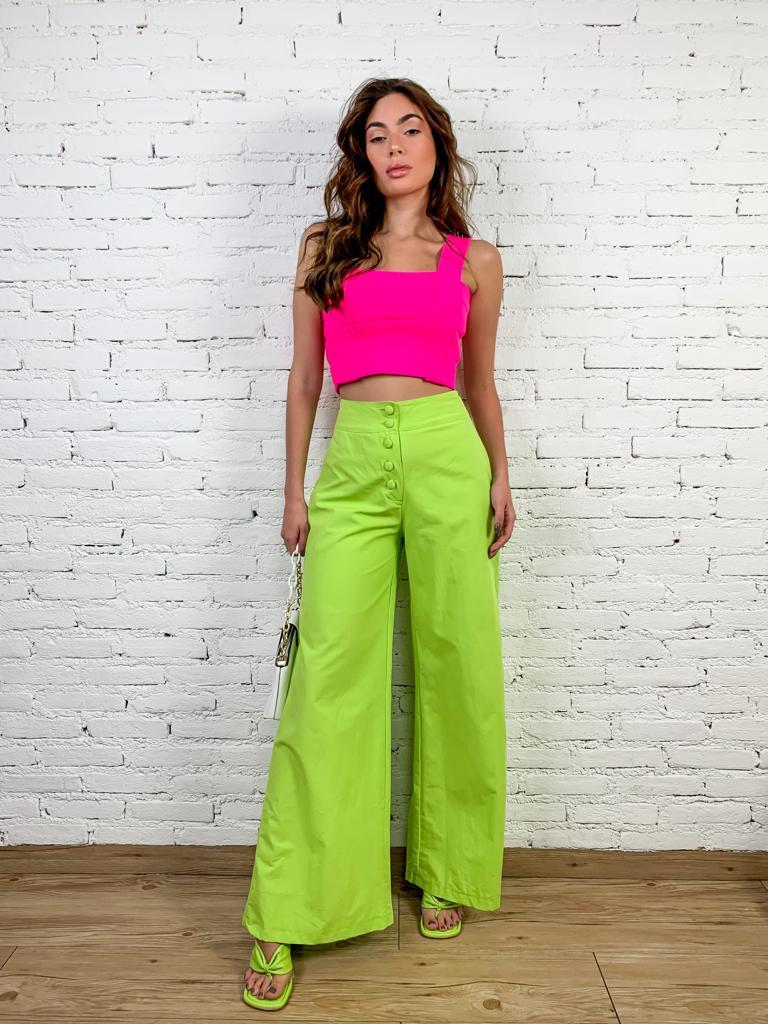 Calça Pantalona de Linho com Botões na Frente