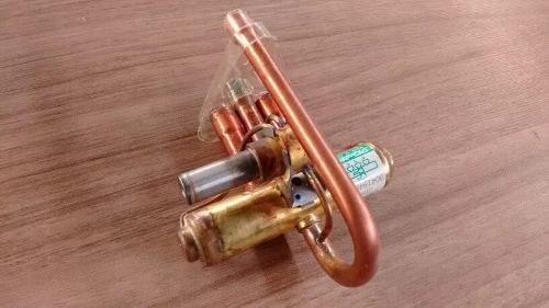 Valvula Ar Condicionado De Janela 7/30 Btus 220v Reversora
