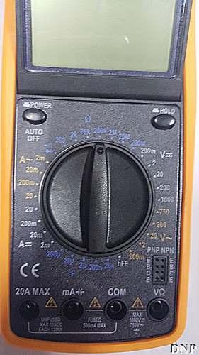 Multímetro Digital Aviso Sonoro Leitor Lcd Capa Dt 9205a