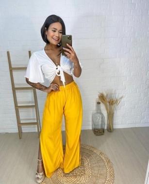 Calça Pantalona Com Fenda Amarela