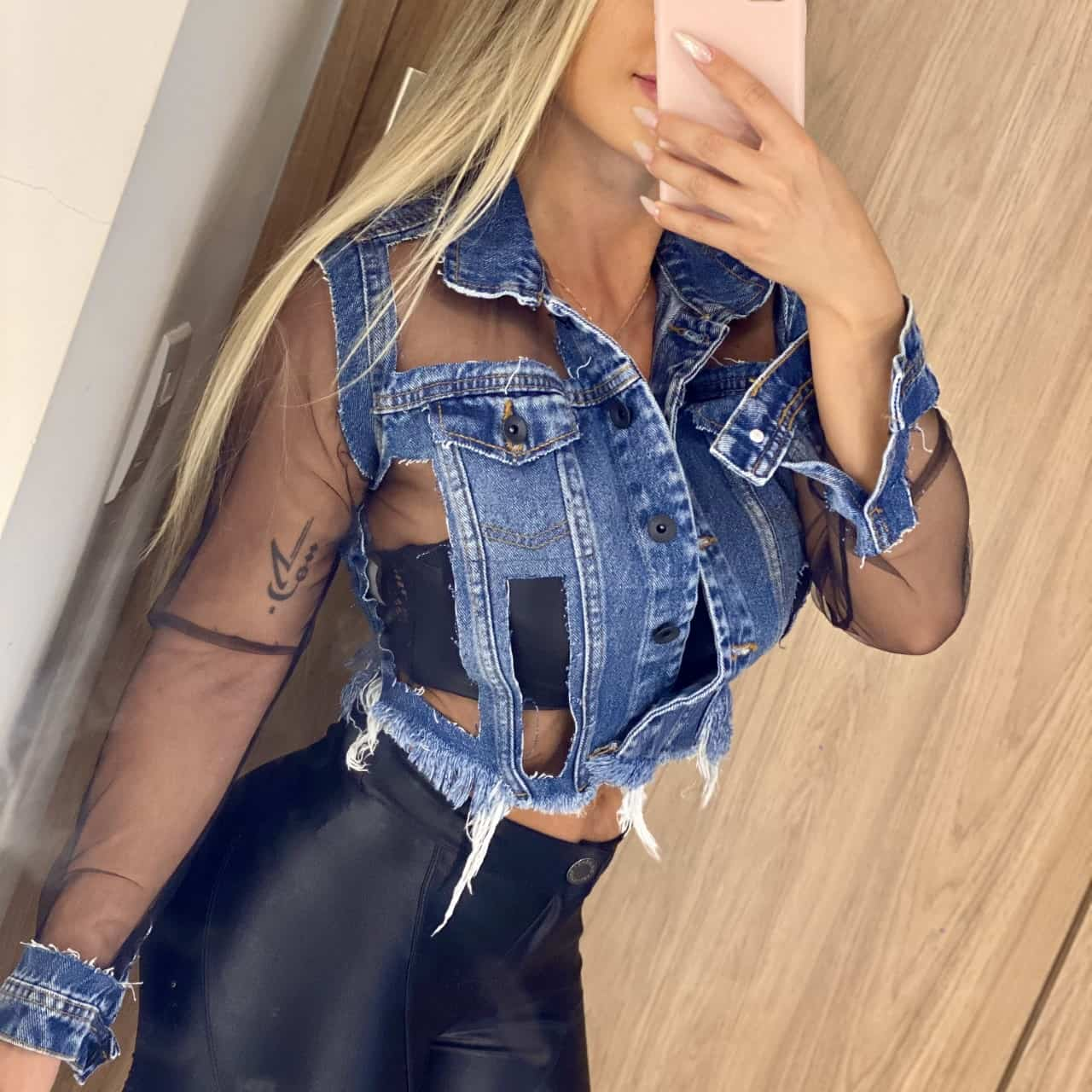 Jaqueta Jeans Cropped Com Tule