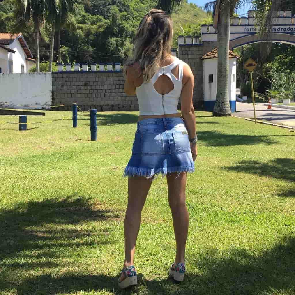 Saia Jeans de Babado