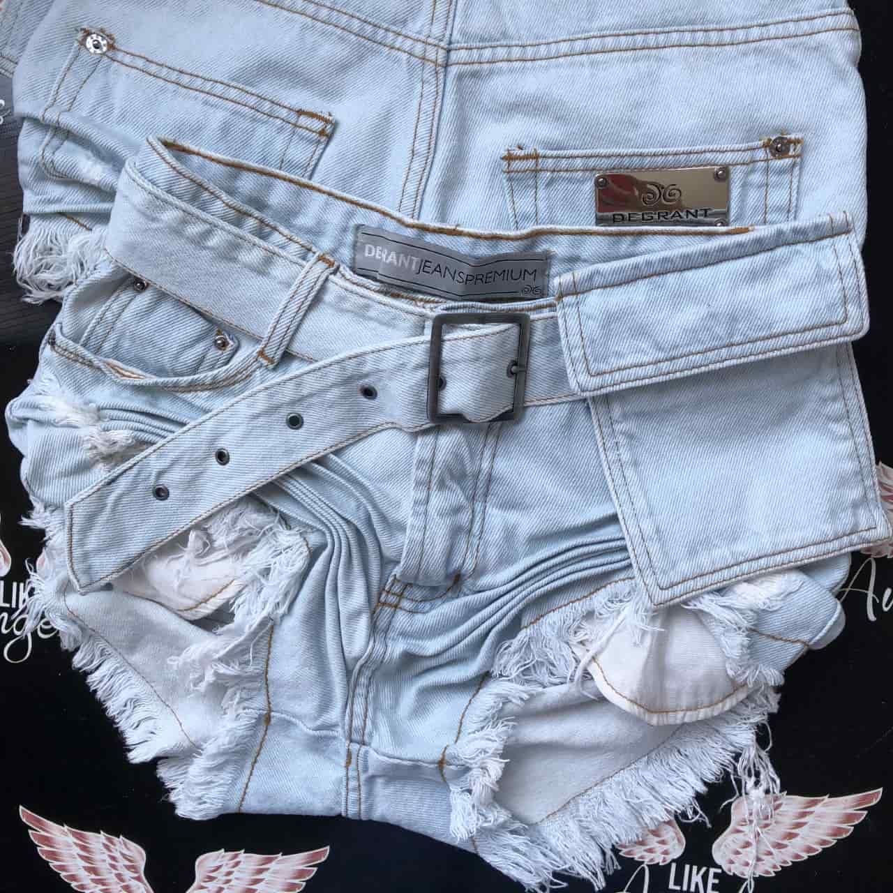 Short Jeans Clarinho com Cinto