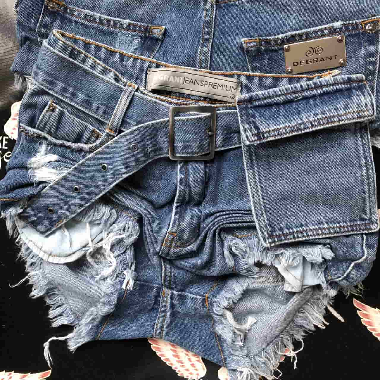 Short Jeans com Cinto Mini Purse