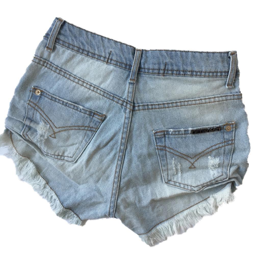 Short Jeans Clarinho Cintura Alta