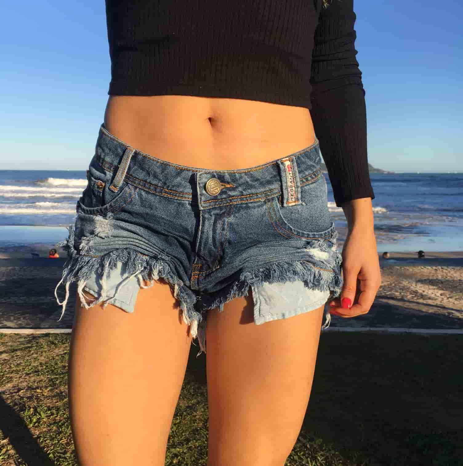 Short Jeans Feminino Degrant Destroyed Used Medio Azul