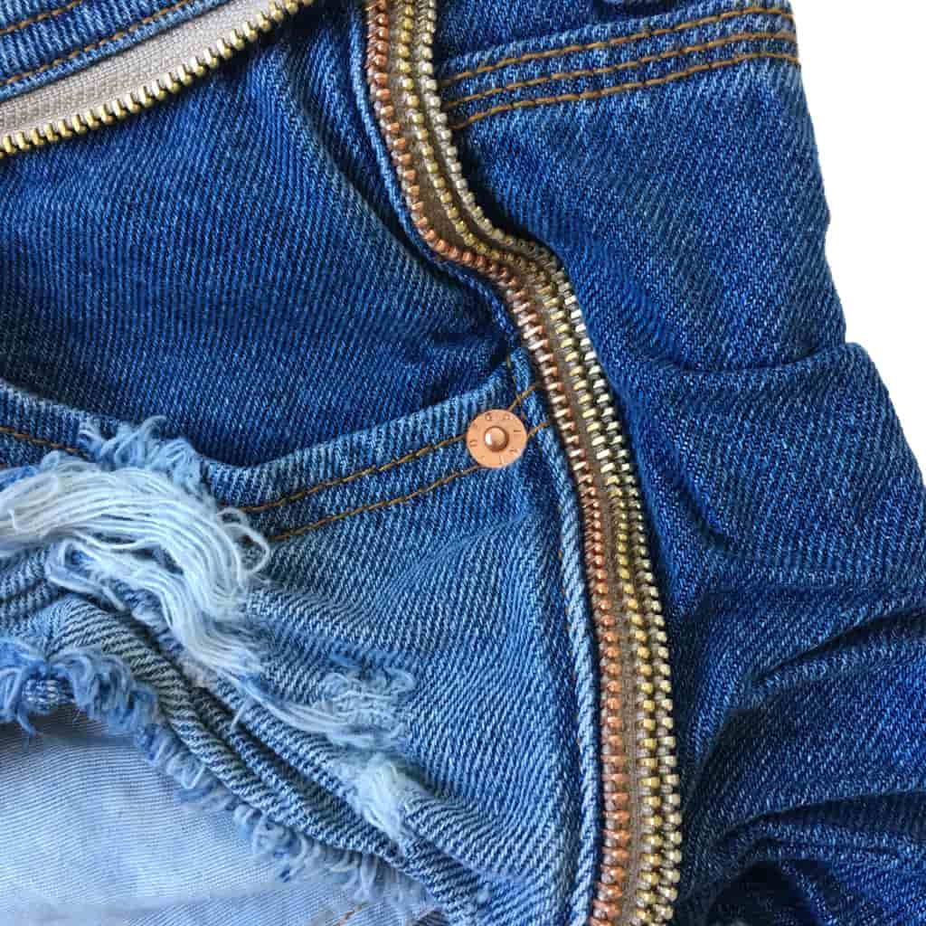 Short Jeans Destroyed Ziper Collection