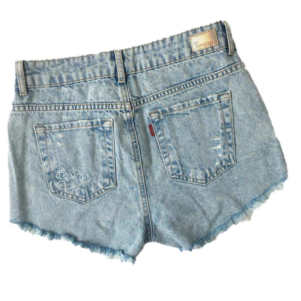 Short Jeans Denim Zero Com Brilho Azul