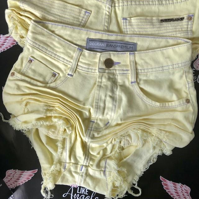 Short Jeans Yellow Happy