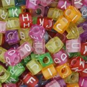 Miçanga - Letras Cubo Colors