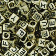 Miçanga - Letras Cubo Dourada
