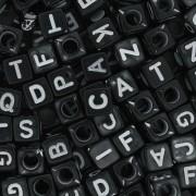 Miçanga - Letras Cubo Preta e Branca