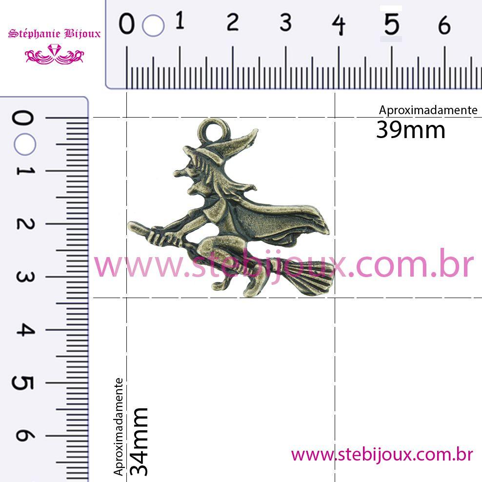 Bruxa Voando - Ouro Velho - 34mm  - Stéphanie Bijoux® - Peças para Bijuterias e Artesanato