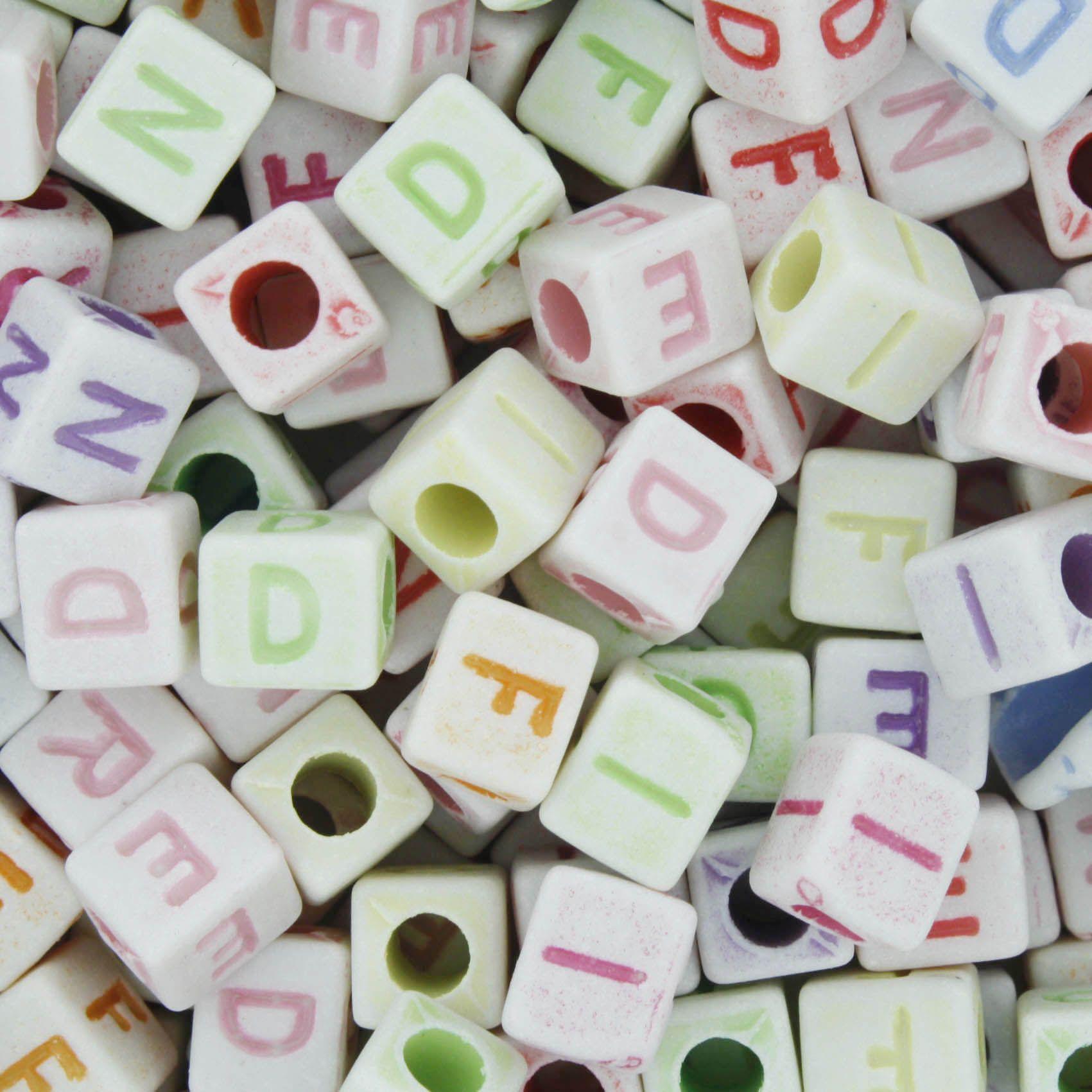 Miçanga Colorida / Infantil - Letras - F R I E N D - Cubo  - Stéphanie Bijoux® - Peças para Bijuterias e Artesanato