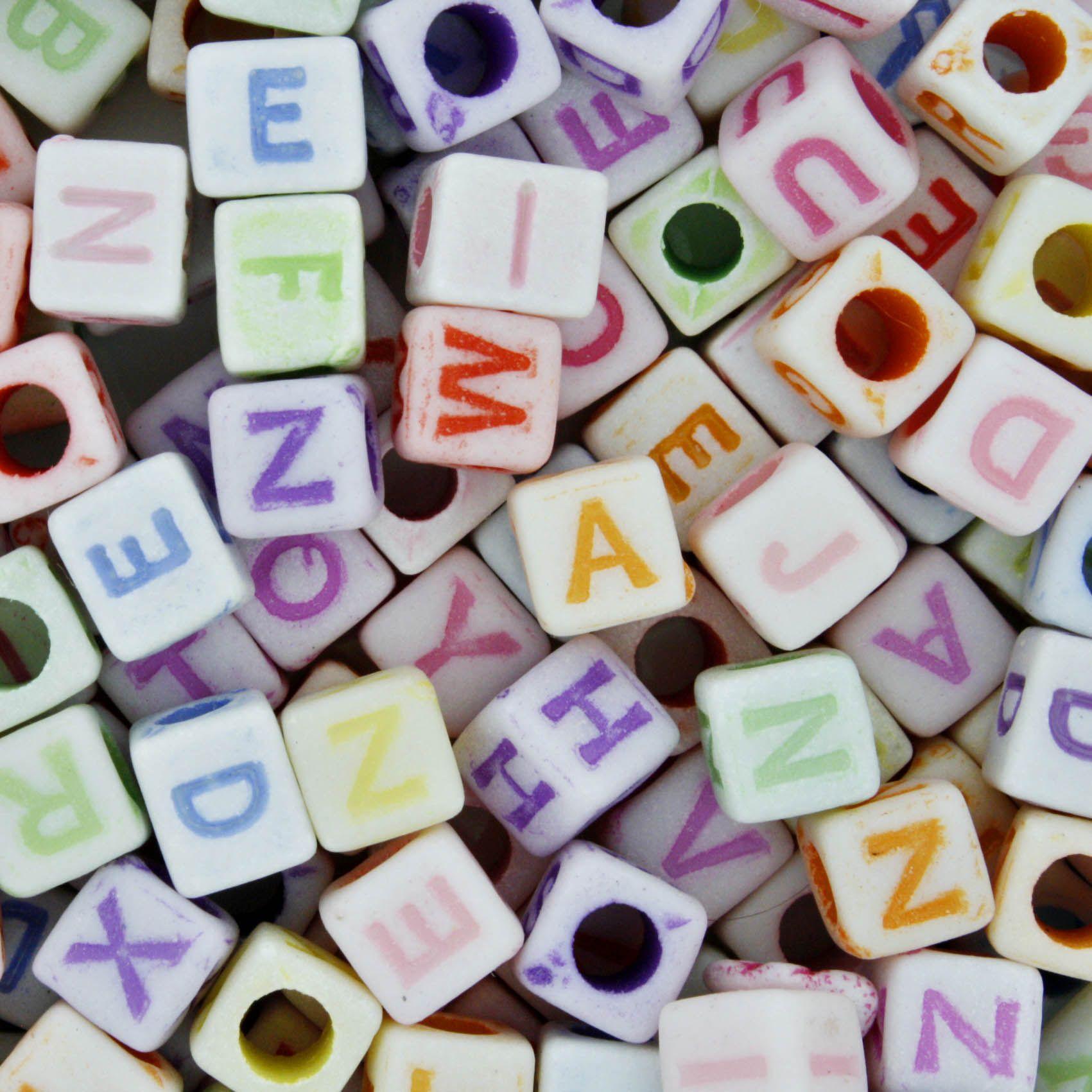 Miçanga Colorida / Infantil - Letras Cubo  - Stéphanie Bijoux® - Peças para Bijuterias e Artesanato