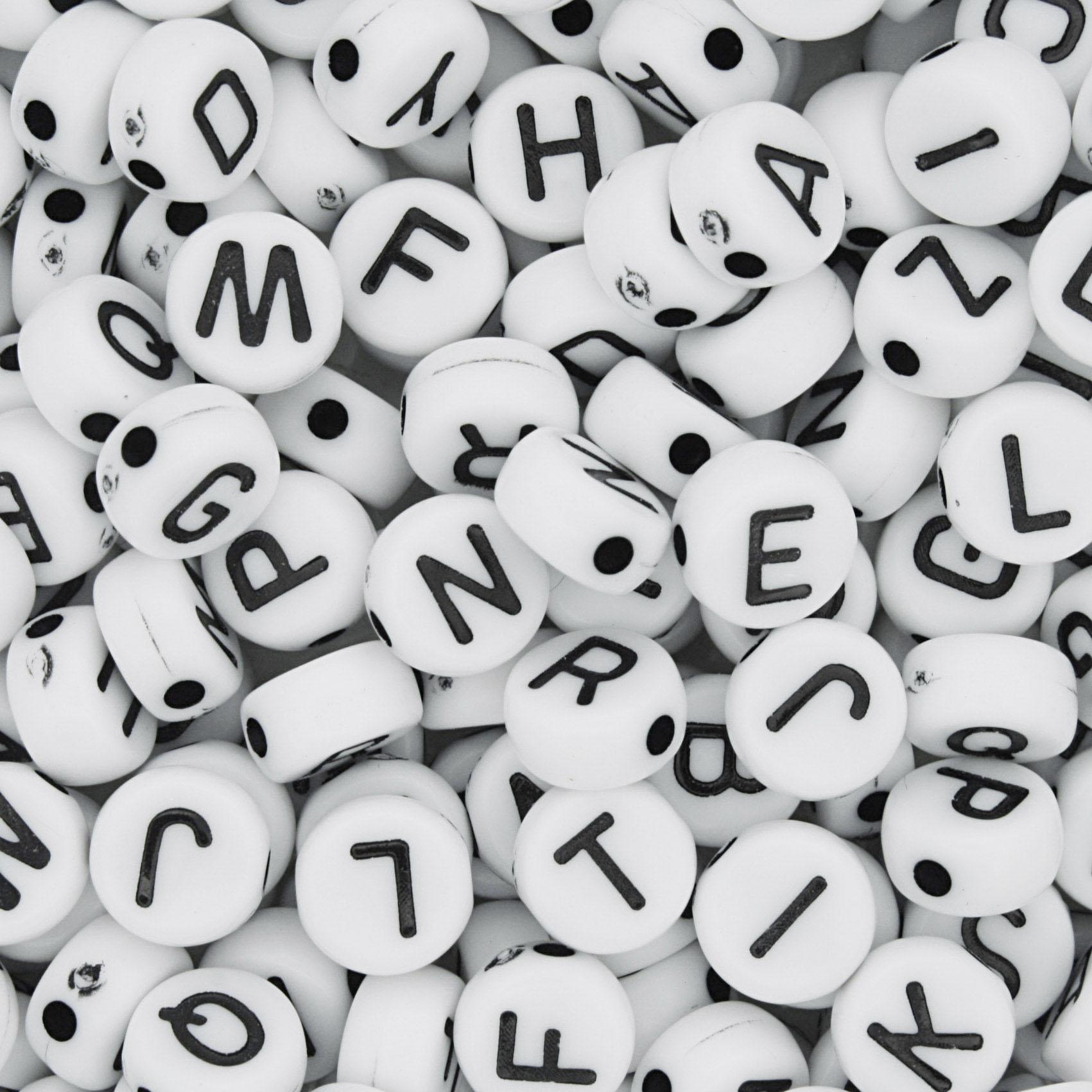 Miçanga - Letras Disco Branca e Preta  - Stéphanie Bijoux® - Peças para Bijuterias e Artesanato