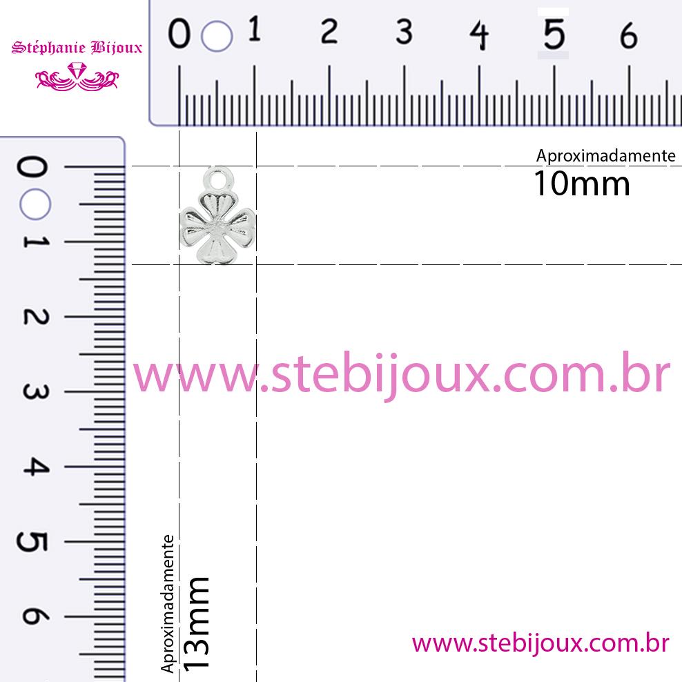 Trevo de Quatro Folhas - Ouro Velho - 13mm  - Stéphanie Bijoux® - Peças para Bijuterias e Artesanato