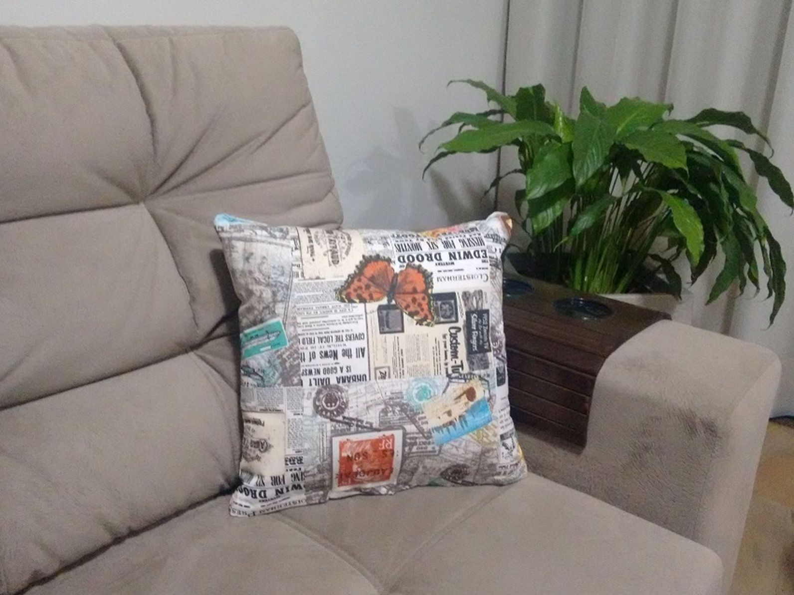 Almofada Decorativa Com Zíper 100% Fibras 43x43cm De Tecido