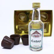 Caixa Dourada Cachaça e Copinhos de Chocolate