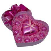 Caixa Grande de Coração com delicioso Chocolate ao Leite