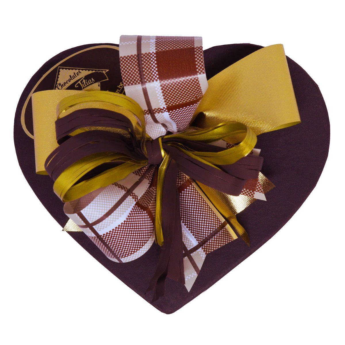 Caixa Média de Coração com delicioso Chocolate ao Leite