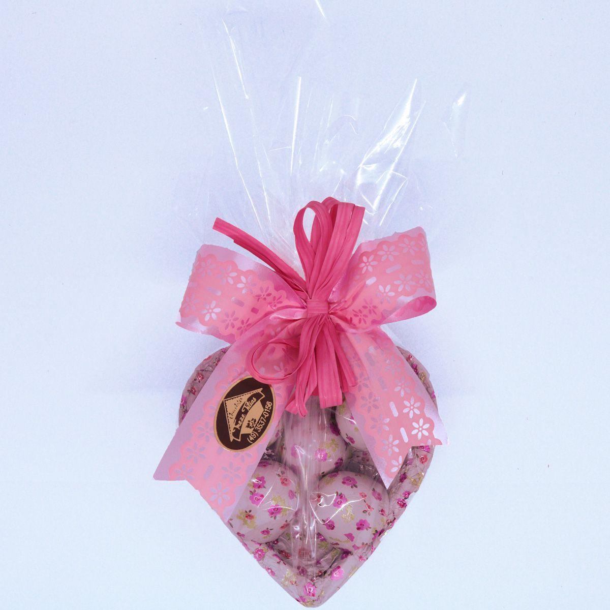 Casca de Coração com Chocolate ao Leite e Bombons de Licor