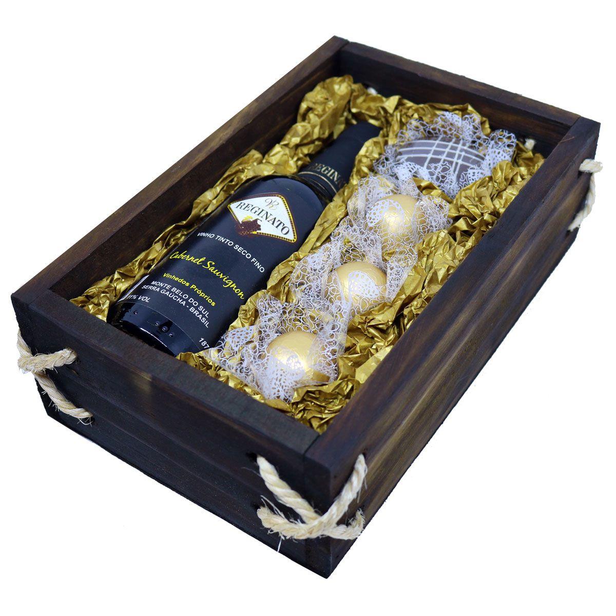 Estojo de Madeira com Vinho e Bombons com Chocolate Belga