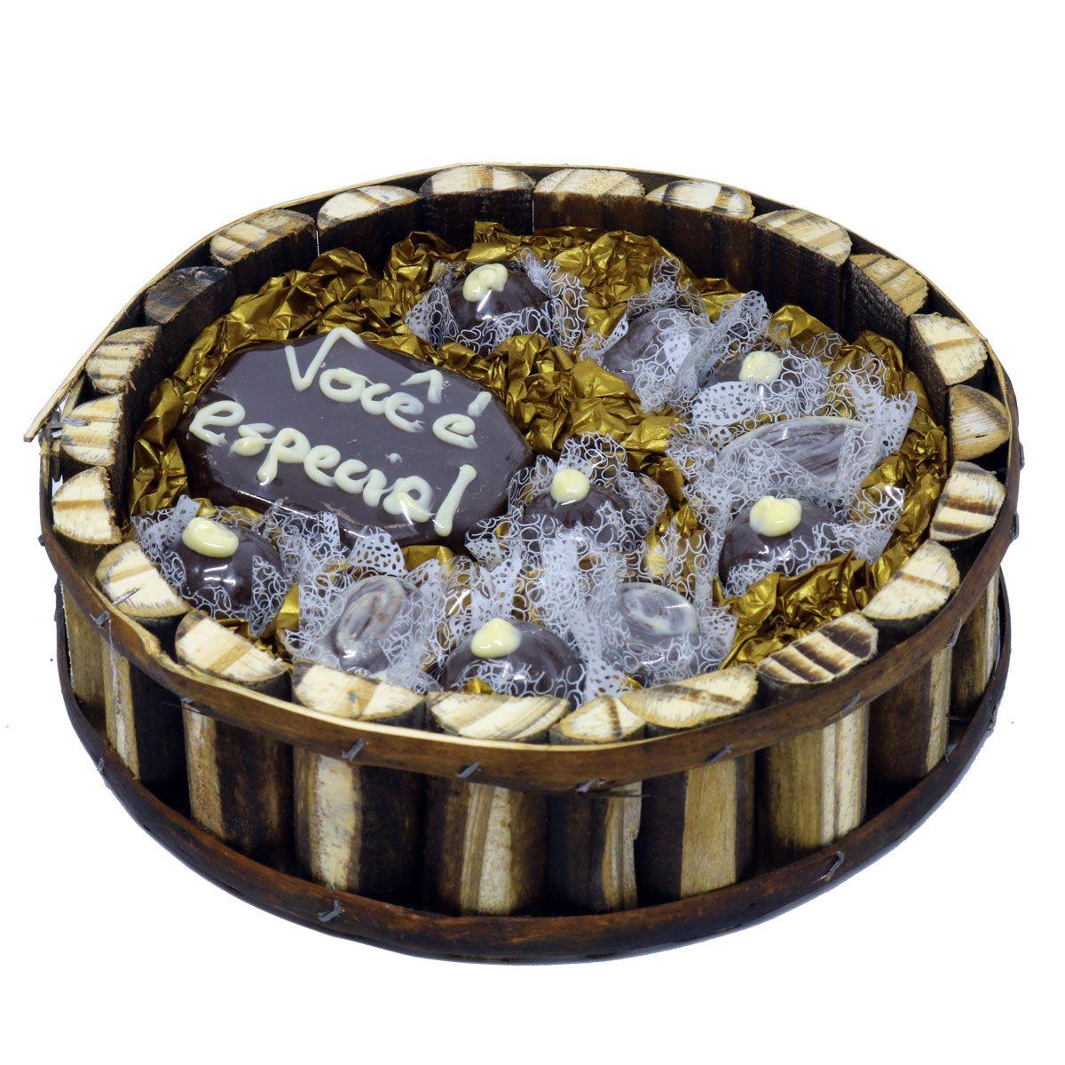 Estojo Redondo de Madeira com Chocolate ao Leite Belga