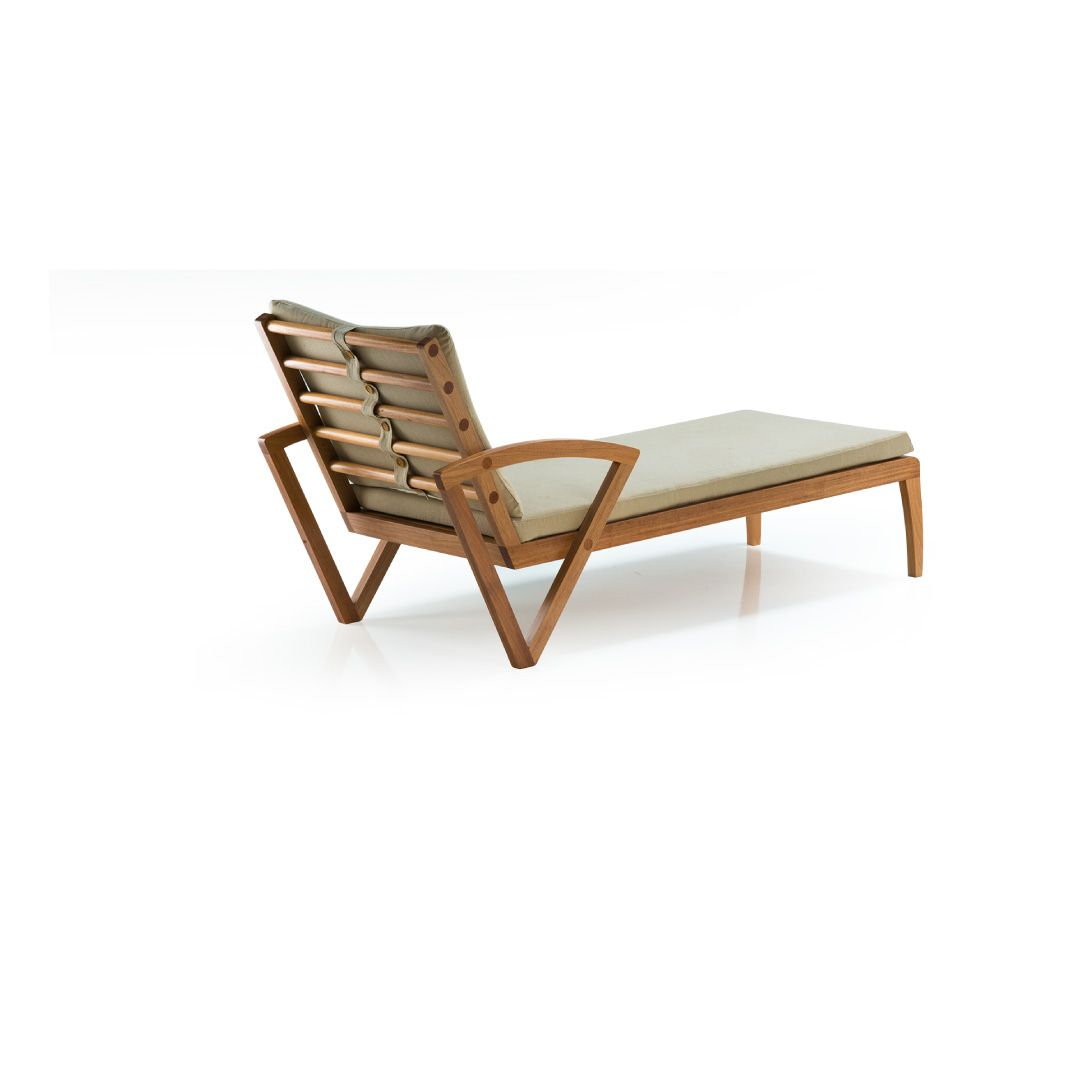 Chaise Long  Sequence