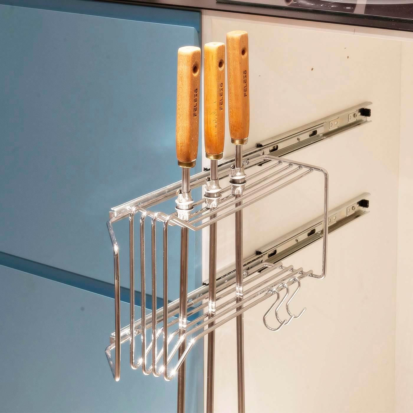 Suporte Porta Espetos Lateral em aço carbono - Uso interno