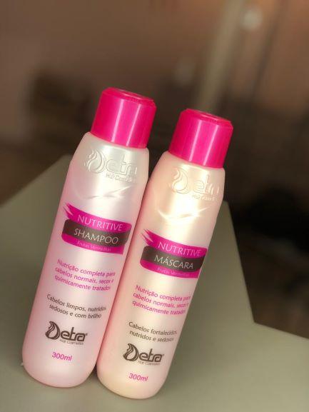 Detra Hair Cosmeticos Kit Hidratacao Capilar Shampoo e Mascara  Nutritive Frutas Vermelhas