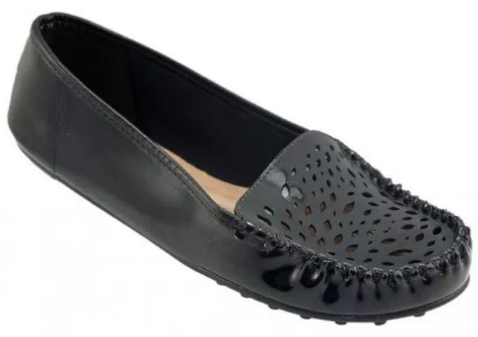 5c794e961c Sapato Feminino Mocassim Preto Verniz Beira Rio - Clique+ Calçados