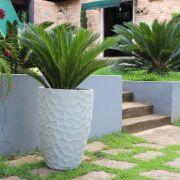 Vaso para Decoração em Polietileno Cônico Prisma Japi