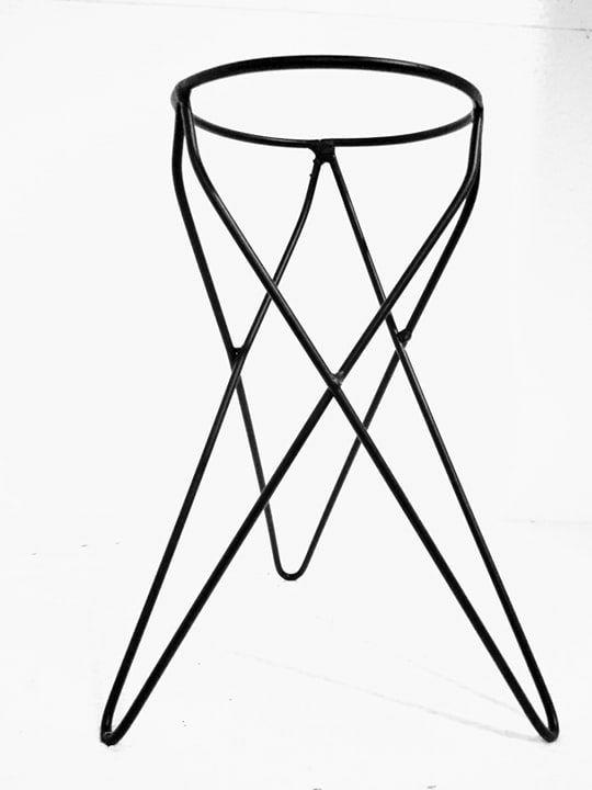 Suporte Tripé Metálico de Mesa Para Vaso Autoirrigável Tamanho 03