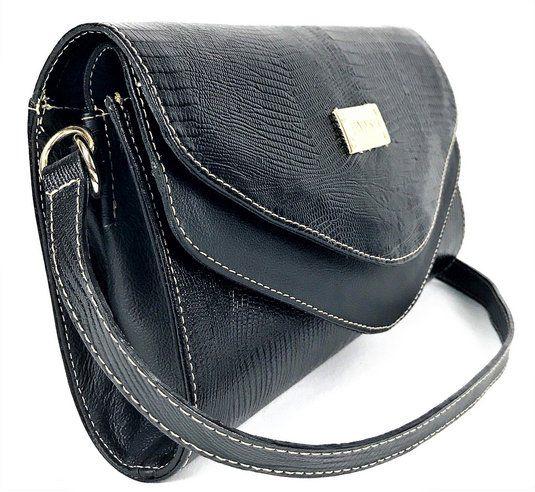 6a7c8c958 Bolsa feminina preta tiracolo de couro pequena com alça transversal HB680 |  HAMISH