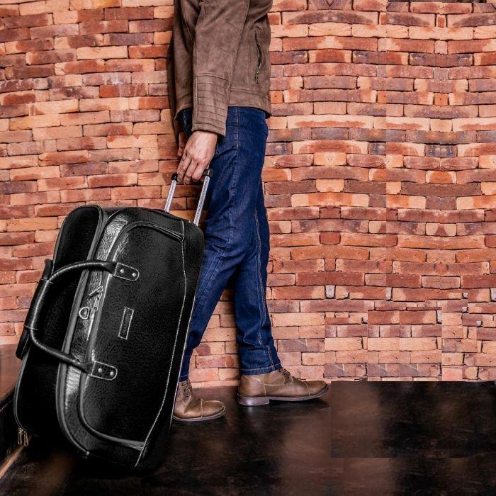 Mala de Viagem Média de Couro Preta com Rodas HP305 | HAMISH