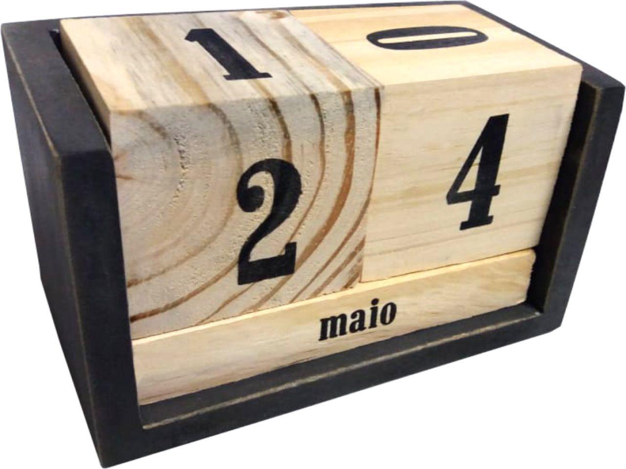 Calendário de Madeira Preto