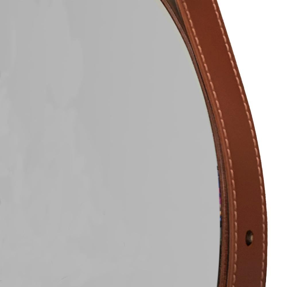 Espelho Decorativo Redondo com Moldura em Couro 39 cm